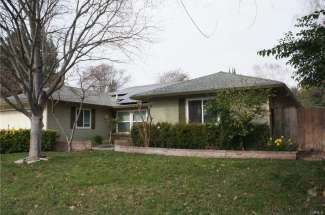 SOLD!  |  Spacious Home Located on a Cul-De-Sac with an In Ground POOL! | 1740 Cardinal Court. | Chico, CA | $427,500