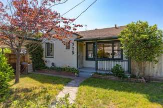 SOLD! | Sweet home in the Avenues!  | 225 Sequoyah Ave. | Chico, CA | $310,000