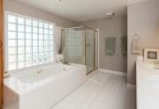 Bath Mstr 2622 Lakewest