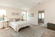 Bedroom Master 3161 Rogue River