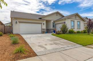 SOLD! | Lovely, nearly-new single-story home in Meadow Brook Ranch! | 3222 Sespe Creek Way. | Chico, CA | $510,000
