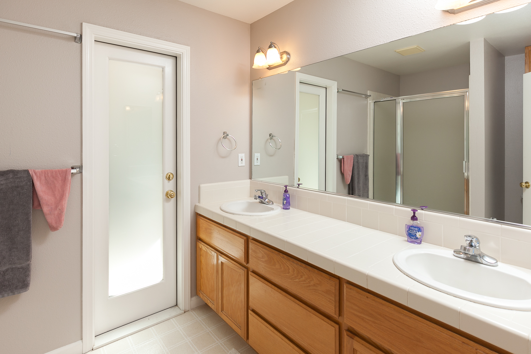 Bathroom Master - 359 Mill Creek