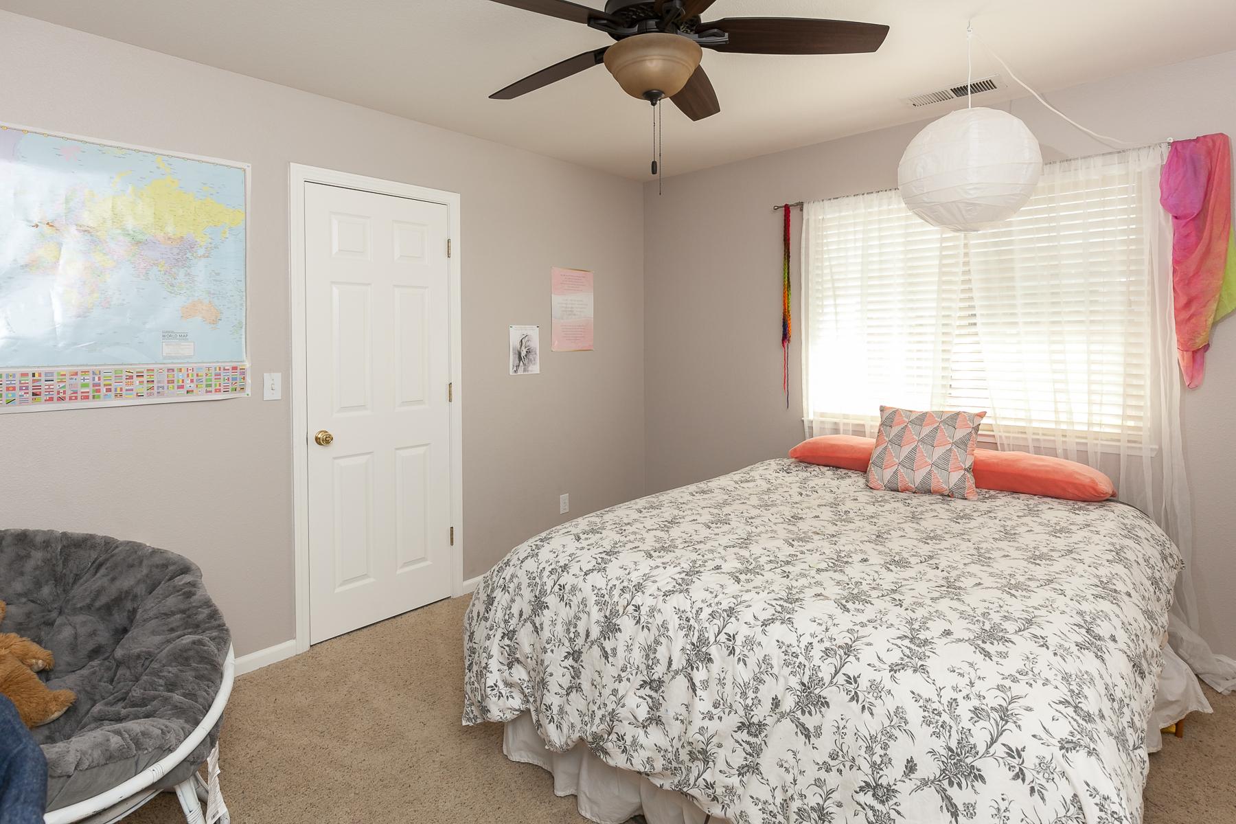 Bedroom 4 - 359 Mill Creek