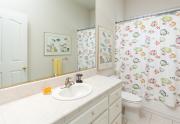 Bath Hall - 700 Serrano