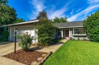 CHECK OUT this sweet Brynwood home on a private cul-de-sac! | 773 Victorian Park Dr. | Chico, CA | $314,500