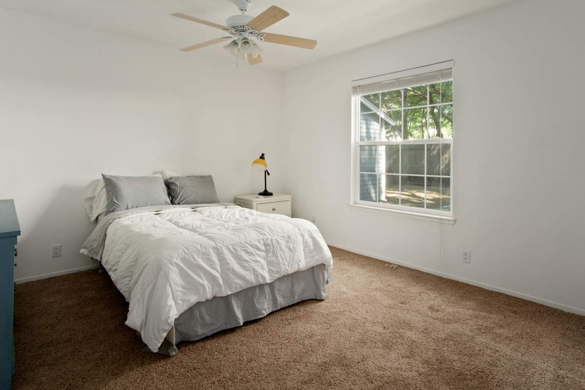 12 Master bedroom  _85 Hampshire Dr