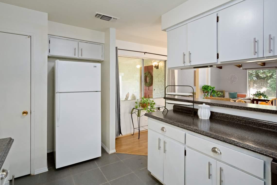 9 Kitchen _900 Greenwich
